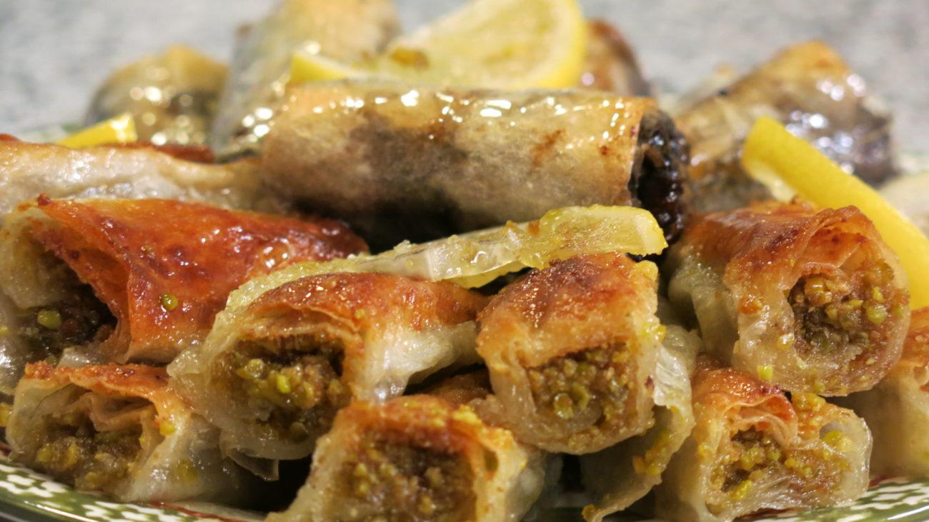 Baklava pistaći i baklava sa suvim šljivama