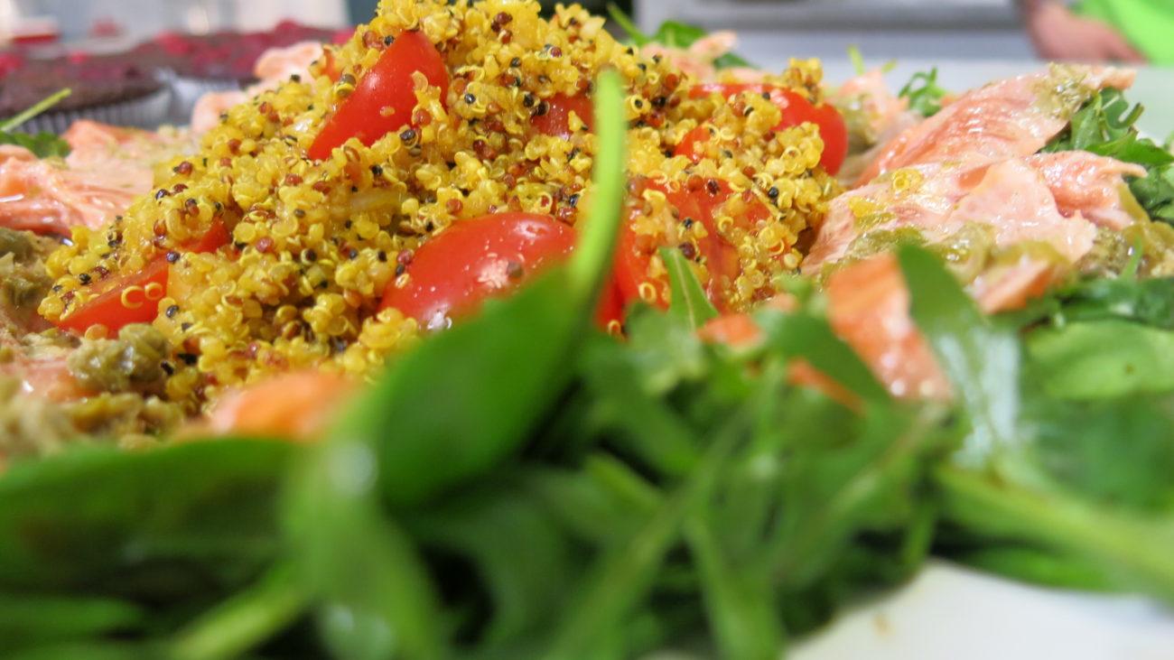 Karpaćo od lososa i salata od kinoe