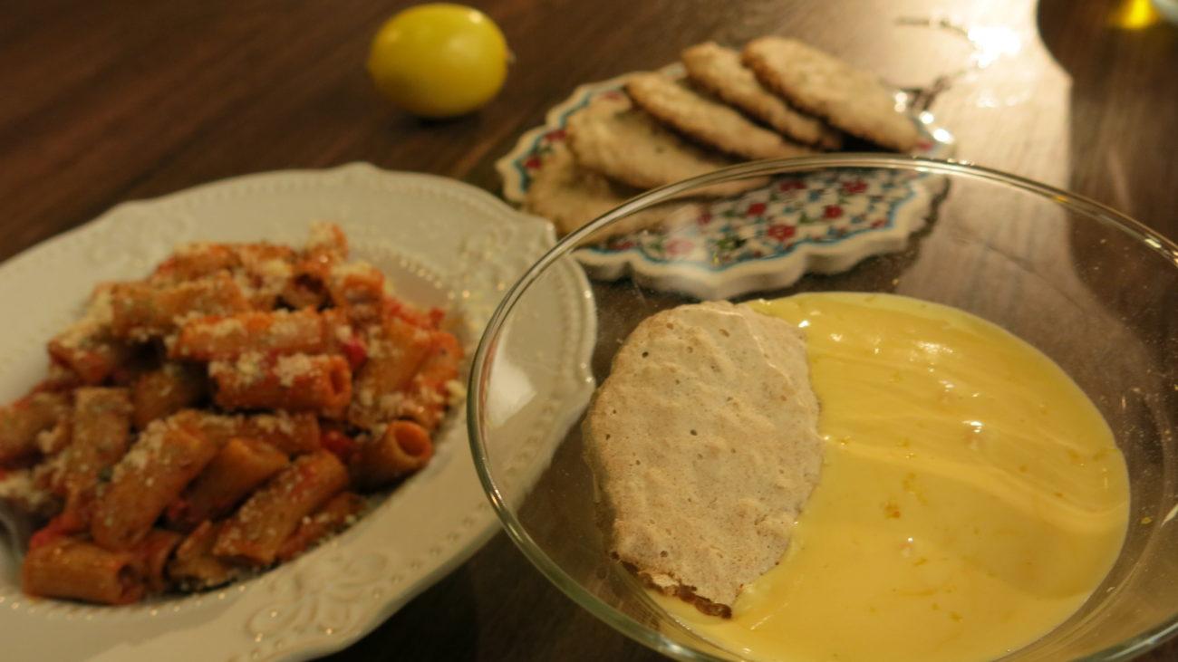 Integralna testenina sa arabiata sosom, zabaione, amaretti keksići od badema