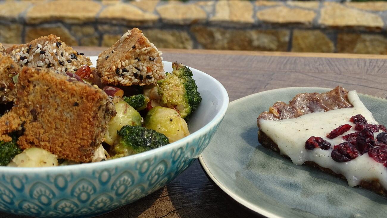 Brzi kolač od urmi i badema, topla salata od brokolija